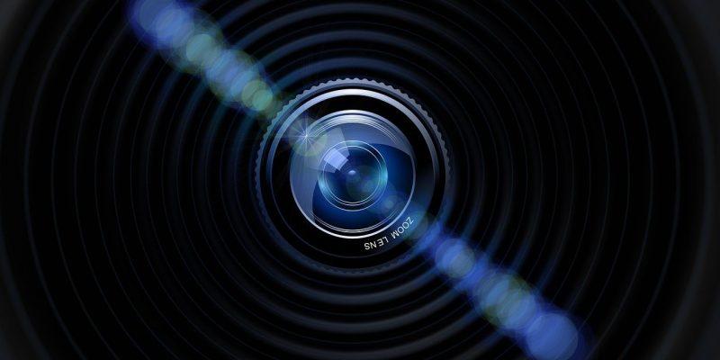 עדשת מצלמה מקצועית
